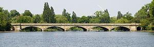 300px-London_Serpentine_Bridge_from_East
